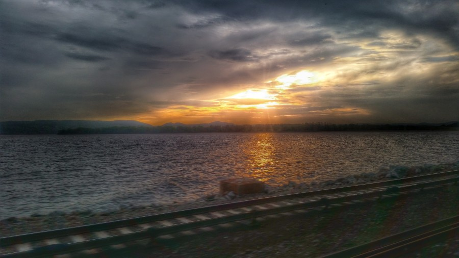 from my train ride home one evening. moment of zen