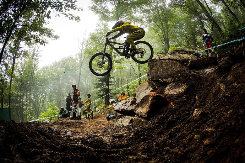 Downhill Mountain Biking_2
